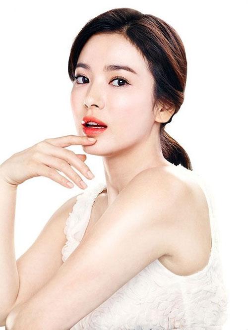 Tin sao Hàn cập nhật 31/8/2014: sao quá tuổi cưới, cháy vé concert JYJ