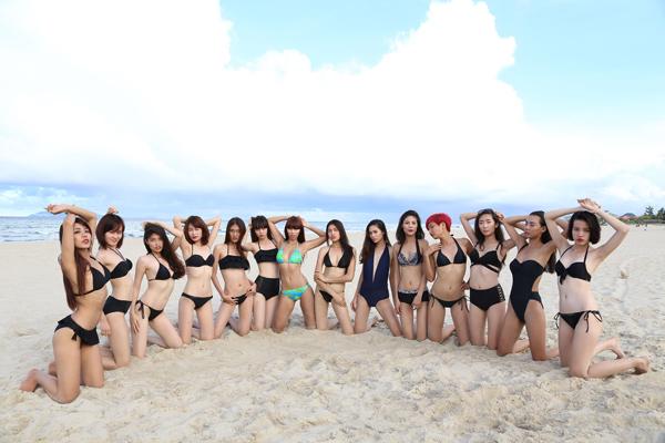 Nối tiếp chuỗi hoạt động huấn luyện tại khu nghỉ dưỡng sang trọng dành cho gia đình Premier Village Danang Resort, 28 gương mặt sáng giá của Elite Model Look Việt Nam được siêu mẫu Hà Anh và chuyên gia Henri Hubert trực tiếp huấn luyện catwalk và taọ dáng trên bãi biển riêng biệt của khu nghỉdưỡng.