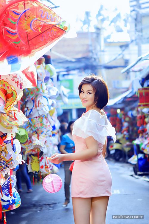 Miss Ngôi sao sexy cùng váy ngắn