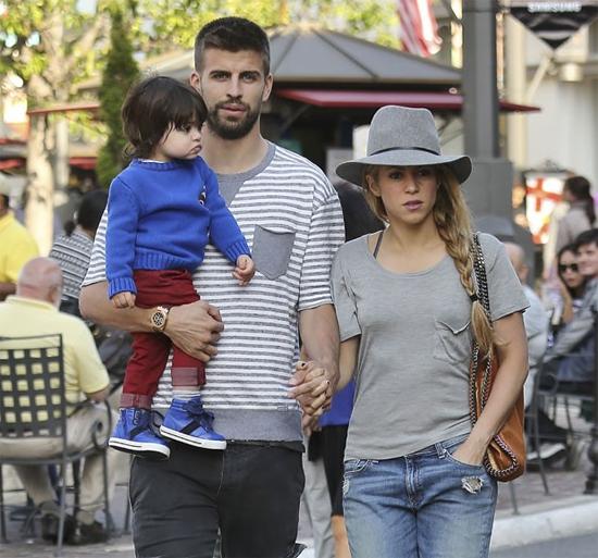 Pique và Shakira sắp có thêm một cậu quý tử.