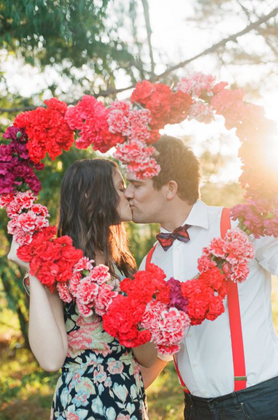 Vòng hoa xinh xắn trang trí cho đám cưới đẹp
