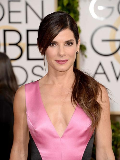 Sandra-Bullock-Golden-Globe-20-3059-7801