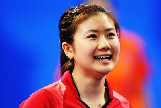 'Công chúa bóng bàn' Ai Fukuhara từng một thời hẹn hò Nishikori.