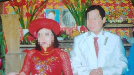 [Caption]Vợ chồng Tài lúc cưới.