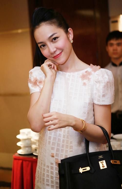 Linh-Nga-2-1546-1410356464.jpg