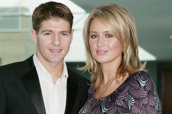 Cựu thủ quân tuyển Anh - Steven Gerrard - cũng quyết định chia tay Tam Sư