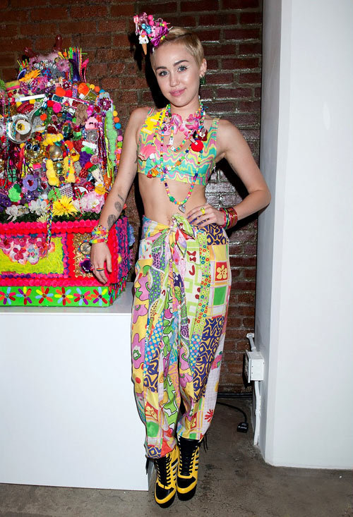 4-Miley-Cyrus-6965-1410422527.jpg