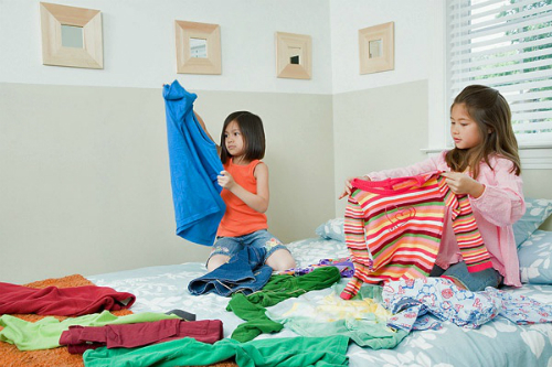 kids-cleaning-2ht2o1h55n2m0-4572-1410426