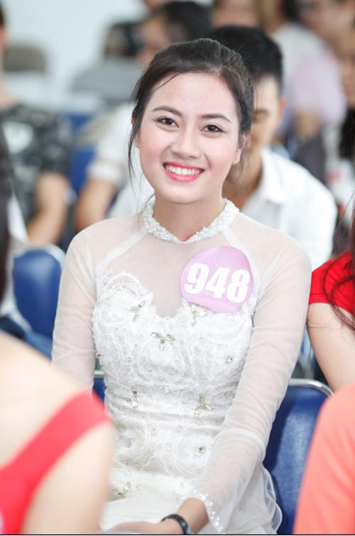 Thí sinh Phan Thị Thu Hoài (CĐ Phương Đông) (SBD 948)