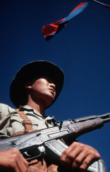 Anh Giải phóng quân Lương Tiến Đại trong tấm hình cô gái Nha Trang chụp năm 1968.