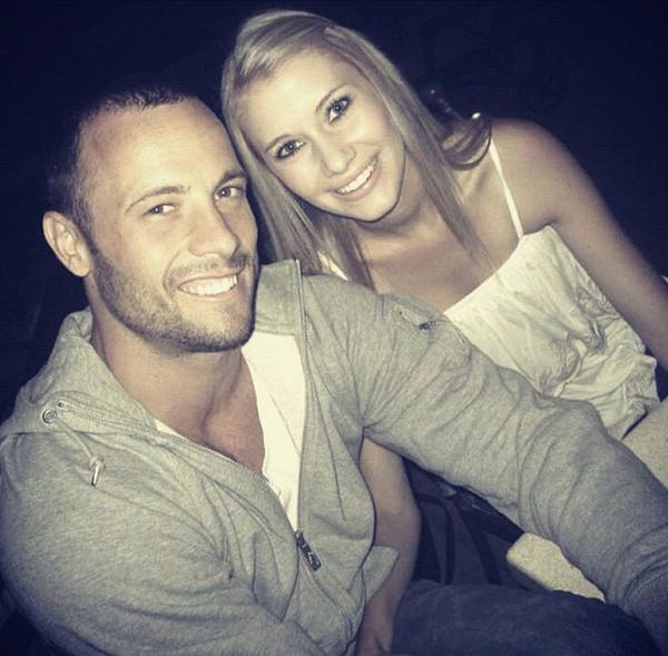 Suốt một năm rưỡi yêu Oscar Pistorius, Samantha
