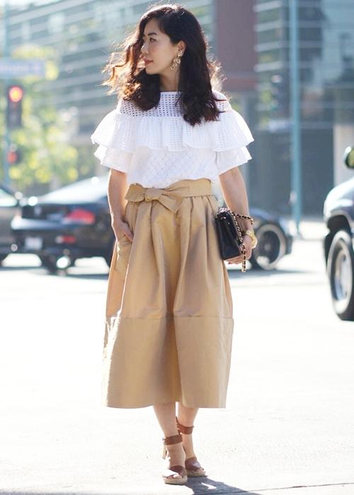 HallieDaily-Eyelet-Top-and-Full-Skirt-9_