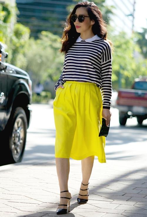 HallieDaily-Stripe-and-Full-Skirt-41.jpg
