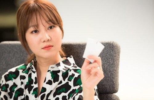 gong-hyo-jin-1405738234-201407-7614-8867