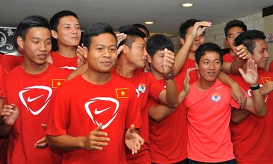 'Tài lẻ' văn nghệ của cầu thủ U19 Việt Nam