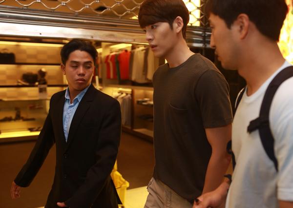 Ngọc Thảo xinh tươi đi gặp Kim Woo Bin