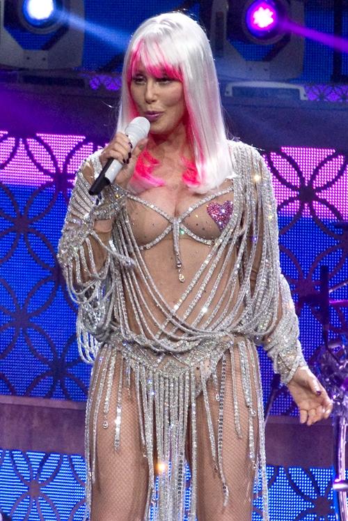 Cher-Believe-D2K-3260-1411038252.jpg