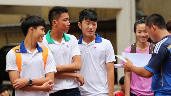 Công Phượng và đồng đội nhập học trước ngày đi Myanmar