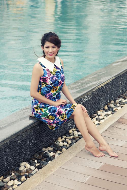 Lê Thị Kim Phụng, sinh năm 1994. Cô đam mê điện ảnh, sân khấu và hiện tham gia khóa nâng cao về diễn xuất tại TP HCM.