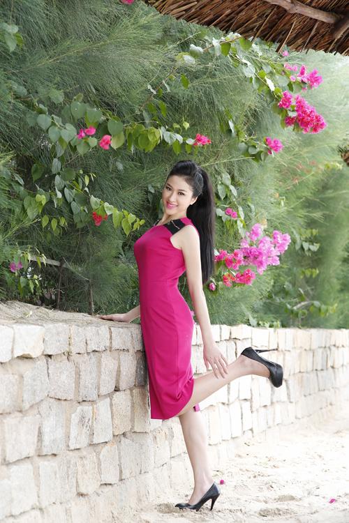 Lê Thị Thùy Trang, sinh năm 1991. Cô là một người mẫu tự do, đồng thời cũng đang thử sức trong công việc kinh doanh nhỏ.