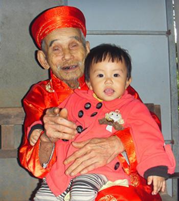 a-vo-chong-cao-tuoi-1-6543-1411375394.jp