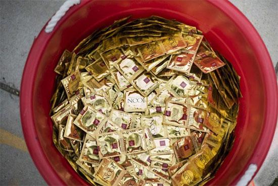 Ban tổ chức ASIAD Incheon phát hàng nghìn bao cao su miễn phí mỗi ngày.