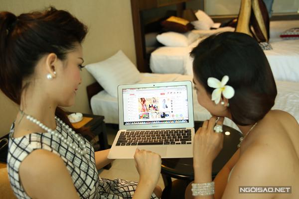 Shopping online - sở thích của các thí sinh Miss Ngôi Sao
