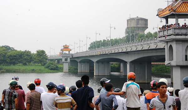 anh-nan-nhan-2-3462-1411641171.jpg