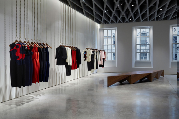 Cửa hàng của bà Becks phá vỡ mọi quy tắc về một cửa hàng thời trang truyền thống