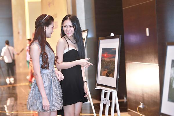 Hai Á khôi Miss Ngôi Sao đọ nhan sắc