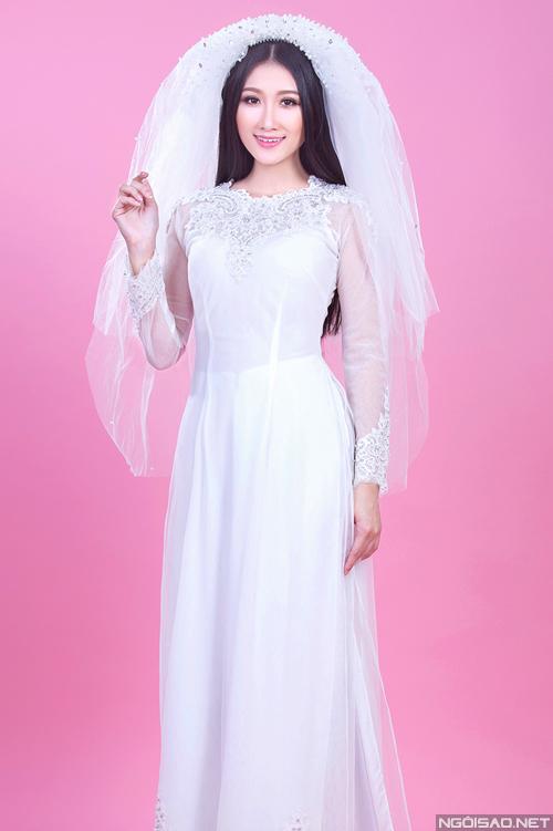 Hai màu áo dài cưới dịu dàng cho cô dâu