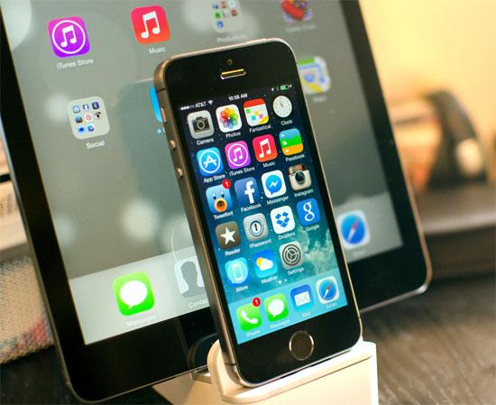 Vì sao Apple không cho người dùng hạ cấp iOS