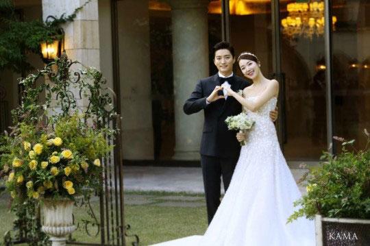 So-Yi-Hyun7-6214-1412476663.jpg