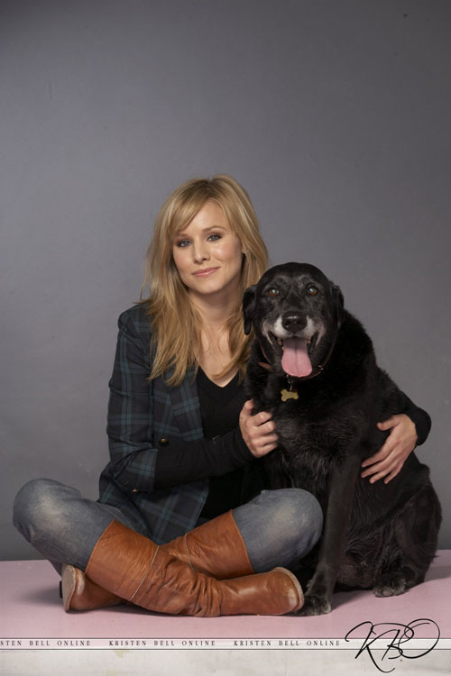 kristen-bell-new-york-dog-2008-7859-9505