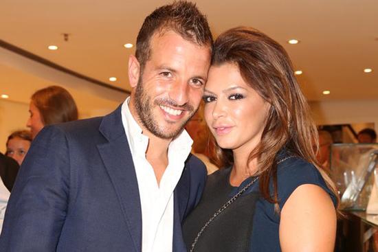 Van der Vaart và Sabia hạnh phúc bên nhau