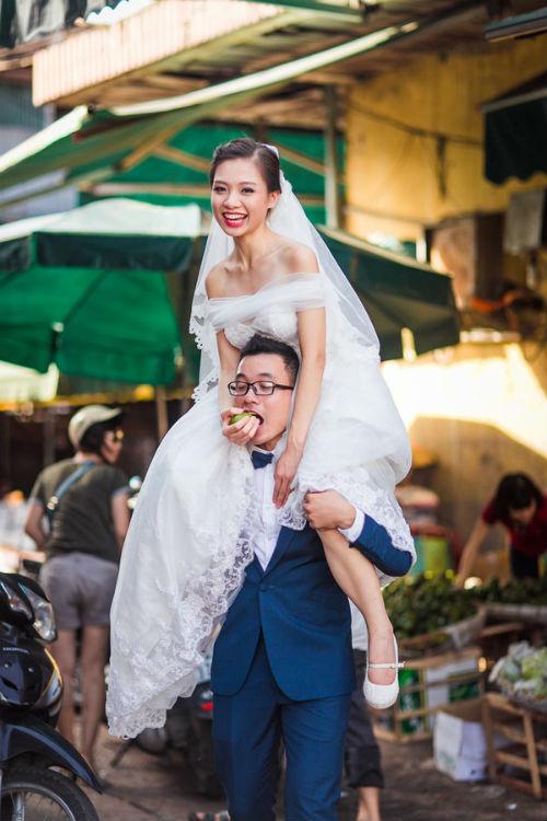 Dạo quanh Hà Nội qua bộ ảnh cưới độc