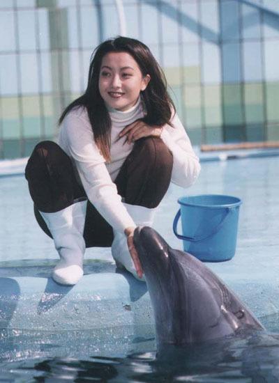 ... và Kim Hee Sun của 18 năm trước.