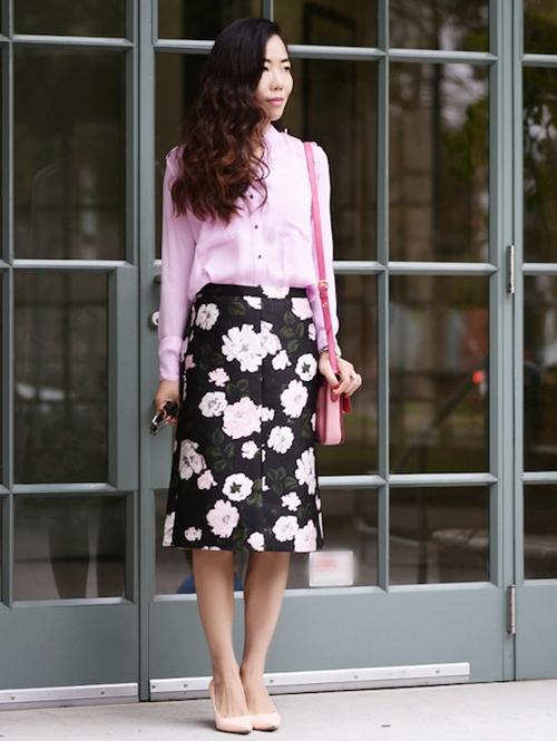 HallieDaily-Floral-Pencil-Skirt.jpg