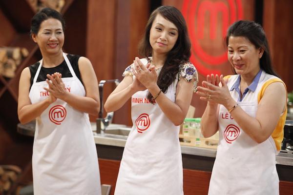 Tạm biệt cô gái đầy cá tính Khánh Phương, gian bếp của Master Chef  Việt giờ đây sẽ là không gian thuộc về 3 ứng viên sáng giá, đại diện cho ẩm thực của 3 miền Bắc Trung Nam là Minh Nhật, Thu Thủy và Lê Chi để cùng tranh tài và giành lấy một trong hai vị trí cho đêm thi chung kết.