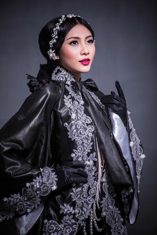 Góp mặt tại Los Angeles Fashion Week 2015, Võ Việt Chung sẽ giới thiệu cùng bạn bè thế giới bộ sưu tập Nưa.