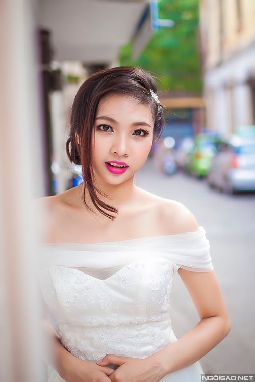 Trang điểm tự nhiên cho cô dâu mắt xếch