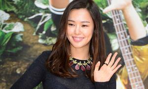 Hoa hậu Hàn khoe má lúm xinh tươi