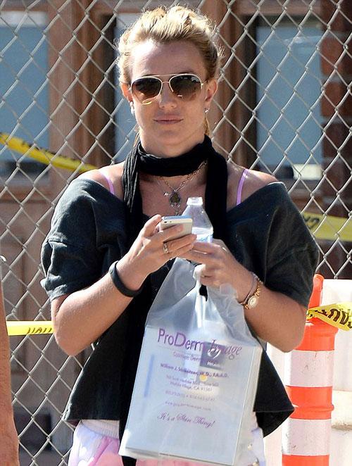 Britney-Spears5-6445-1413363640.jpg