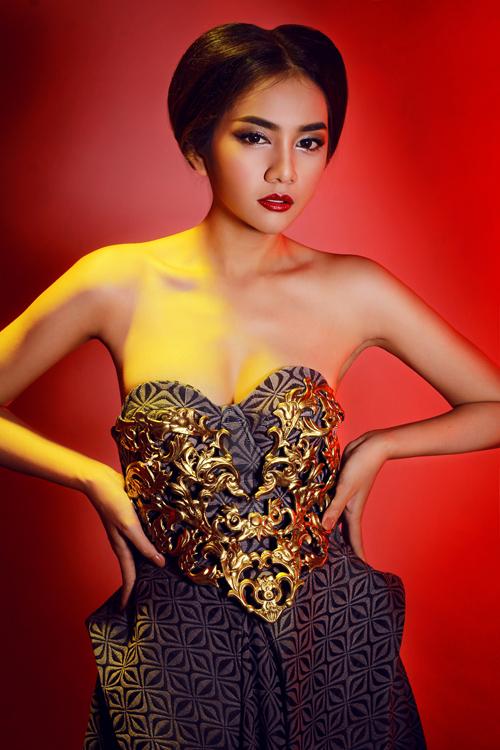 Với khuôn mặt ăn ảnh, phong thái tự tin, Châu Diệu Minh đã biết phát huy lợi thế để góp mặt trong top 5 chung cuộc của Miss Ngôi sao 2014.