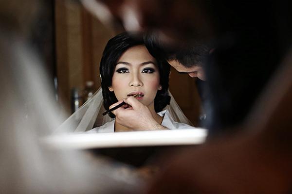 6 lưu ý để cô dâu giữ lớp trang điểm bền đẹp