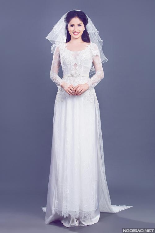 Gia đình Thảo Trang - Thanh Bình diện áo dài cưới
