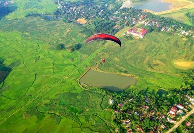 Chọn điểm bay dù lượn đẹp ở Việt Nam