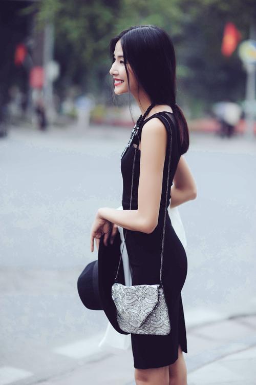 Hoang-Thuy-9-8250-1414255162.jpg