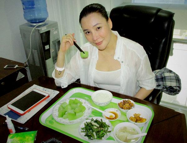 4-ho-quynh-huong-5737-1414466670.jpg