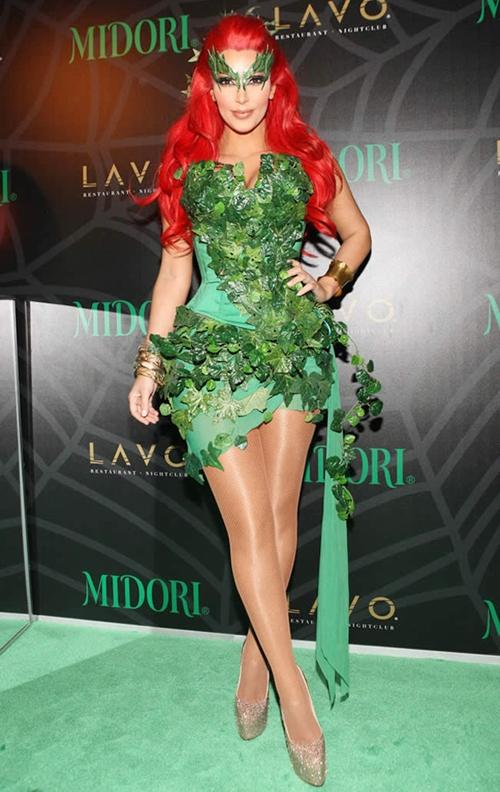 Kim-Kardashian-Poison-Ivy-4230-141449149